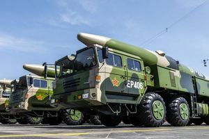 Chuyện Trung Quốc cự tuyệt tham gia Hiệp ước hạt nhân INF