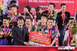 Hà Nội FC vs Sơn Đông Lỗ Năng: Ngẩng đầu ra biển lớn