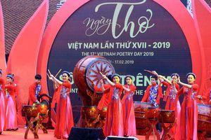 Văn học Việt Nam ra thế giới: Để sự khác biệt ngôn ngữ không còn là rào cản