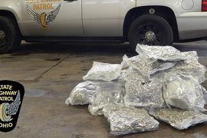 Dùng 'siêu bán tải' Ford F-150 buôn lậu cocain