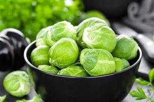 6 loại rau bổ sung vitamin cho mắt sáng khỏe