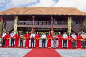 Kiên Giang Thành phố Hà Tiên sôi nổi Lễ hội kỷ niệm 283 năm ngày thành lập Tao đàn Chiêu Anh Các