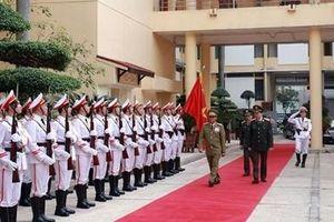 Bộ trưởng Tô Lâm tiếp Bộ trưởng Bộ An ninh Lào