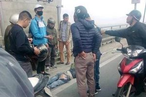 Tin 24h: Liên tục xảy ra tai nạn giao thông trên cầu Nhật Tân