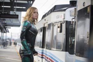 Báo chí quốc tế tung hô bom tấn 'Captain Marvel' sau buổi chiếu sớm