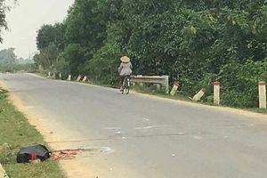 Nam thanh niên đi xe máy tử vong khi tông vào trâu đi bên đường