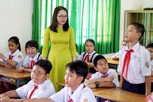 Nâng 'chuẩn' để tạo động lực cho nhà giáo