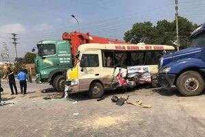 Tai nạn liên hoàn trên đại lộ Thăng Long, 2 vợ chồng tử vong
