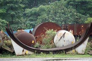 Cận cảnh 35.000 tấn vật liệu Gang thép Thái Nguyên 'đắp chiếu'