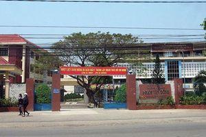 Quảng Ngãi: Xã hội hóa trường đại học không lắng nghe ý kiến nhà trường?