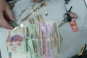 Huế: Khởi tố 2 đối tượng cướp giật 240 triệu đồng