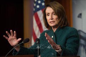 Chủ tịch Hạ viện Mỹ kêu gọi sự ủng hộ nhằm chấm dứt tình trạng khẩn cấp quốc gia