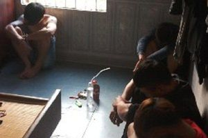 Xử lý 6 đối tượng mở 'đại tiệc' ma túy trong phòng ngủ