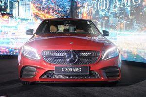 Mercedes-Benz Việt Nam ra mắt 3 phiên bản C-Class với giá từ 1,499 tỷ đồng