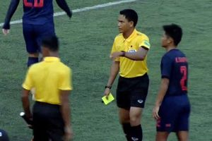 'Trọng tài Campuchia rất kém, thủ môn U22 Thái Lan phải bị thẻ đỏ'