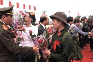 Công an Hà Nam tổ chức giao nhận công dân thực hiện nghĩa vụ tham gia CAND năm 2019