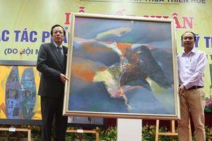 Trao tặng hơn 40 tác phẩm cho Bảo tàng Mỹ thuật Huế