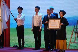 Thủ tướng trao Huân chương Lao động cho Công ty sữa TH