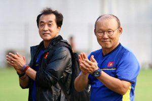 Báo chí Hàn Quốc ủng hộ HLV Park Hang-seo chỉ dẫn dắt một đội tuyển