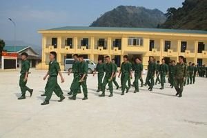Điện Biên và Lai Châu tổ chức trang trọng lễ giao, nhận quân năm 2019