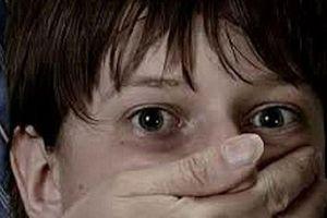 Muốn cưới chồng, cô gái trẻ bắt cóc rồi bỏ rơi con ruột