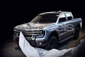 Lộ diện hình ảnh đầu tiên về Ford Ranger hoàn toàn mới