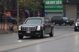 Siêu xe 'Quái thú' của Tổng thống Trump lăn bánh trên đường phố Hà Nội