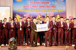 Bóng đá Nam Định sẽ chuyển mình vượt khó nhờ 'bầu sữa' mới