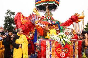 Hàng ngàn người dự lễ hợp long cầu Đại lạc Kim Cương Mandala ở Tây Thiên