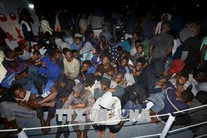Vấn đề người di cư: Trên 100 người được giải cứu ngoài khơi Libya
