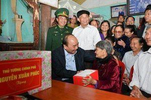 Thủ tướng Chính phủ Nguyễn Xuân Phúc thăm Mẹ Việt Nam Anh hùng ở Nghệ An