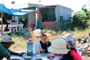 Vụ người phụ nữ chết lõa thể ở Ninh Thuận: Nghẹn ngào lời kể của con gái nạn nhân