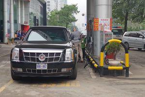 Hot: 'Quái thú' của Tổng thống Donald Trump dừng đổ xăng tại Hà Nội