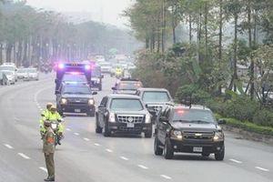 Xe 'Quái thú' của Tổng thống Mỹ được đưa đến Hà Nội