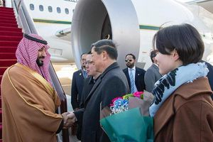 Thái tử Saudi Arabia sang Trung Quốc ký giao dịch 10 tỉ USD