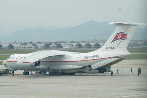 'Ngựa thồ' Triều Tiên vừa hạ cánh VN sánh ngang C-17 của Mỹ