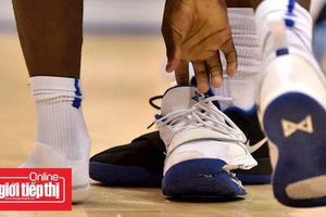 Một chiếc giày bị 'nổ', Nike mất ngay 3 tỉ USD