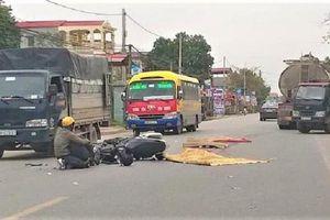 Sau va chạm giao thông văng xuống đường, nam thanh niên bị xe bồn cán tử vong