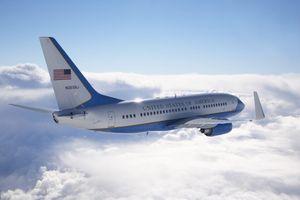 Lý do chuyên cơ Air Force Two Mỹ đậu tại Đà Nẵng khi Tổng thống Trump đến Hà Nội