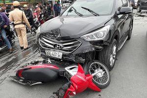 Hà Nội: Tai nạn giao thông liên hoàn trên phố Đại Cồ Việt