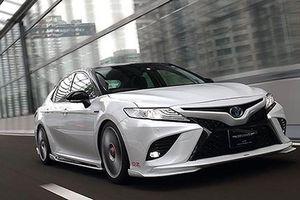 Toyota Camry 2019 đẹp long lanh với gói độ 60 triệu đồng