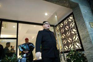 Sáng nay, 'bản sao' Kim Jong-un bất ngờ rời Hà Nội