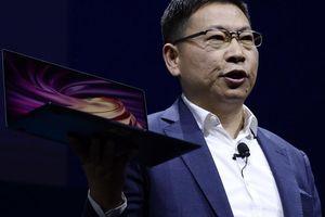 Huawei ra mặt đối đầu Mỹ