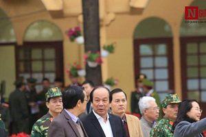 Bộ trưởng Mai Tiến Dũng thị sát ga Đồng Đăng trước thềm Hội nghị Thượng đỉnh Mỹ - Triều Tiên