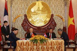 Bộ TN&MT ký kết 02 văn kiện hợp tác quan trọng dưới sự chứng kiến của Lãnh đạo cấp cao hai nước Việt - Lào