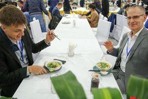 Những món quà mà ngành Du lịch Việt Nam sẽ tặng các phóng viên quốc tế tại thượng đỉnh Mỹ - Triều
