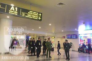 Sân bay Nội Bài 'nóng' trước giờ đón Tổng thống Mỹ Donal Trump tới Hà Nội