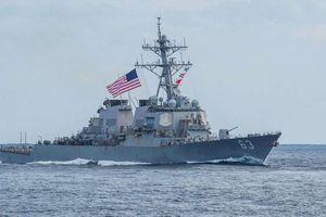 Hai tàu hải quân Mỹ đi qua eo biển Đài Loan