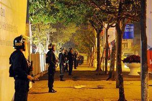 Cảnh sát xuyên đêm 'chốt' các ngả đường bảo an Thượng đỉnh Triều - Mỹ