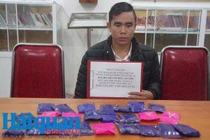 Hải quan Nghệ An phối hợp bắt đối tượng mua bán 4.800 viên ma túy tổng hợp